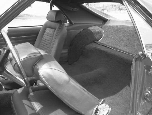 http://www.jmooneyham.com/rear-interior-1969-amc-javelin.jpg